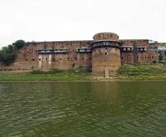 Package Tour To Allahabad